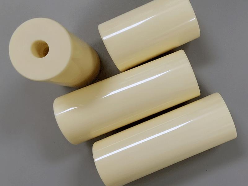 Alumina ceramic plunger