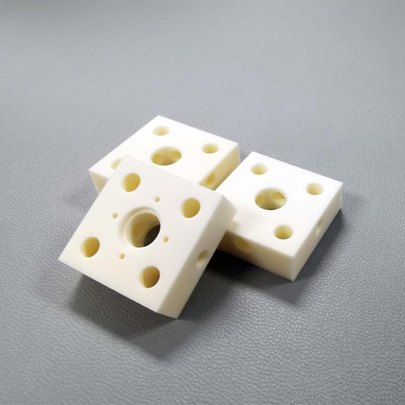 Alumina ceramic block